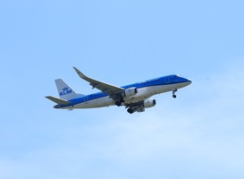 Normal_klm_vliegtuig_in_lucht